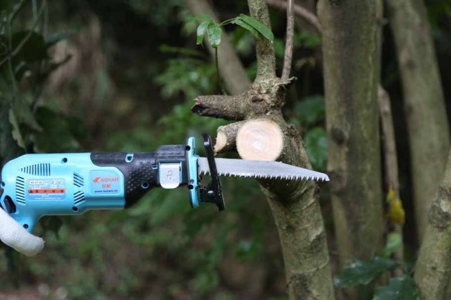 Pruner KH-06 Battery Powered Electric Pruner, 1.25 inch cut
